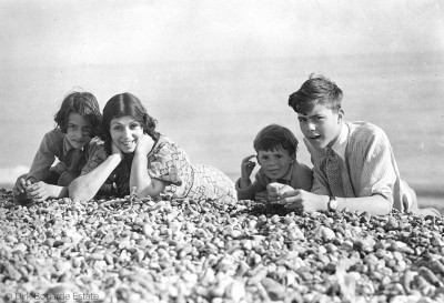 Elizabeth, Margaret, Gareth and Dirk c.1935